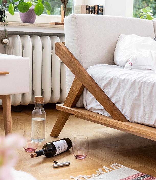 Nordic Space Bett und Nachttisch von Ellenberger Design aus Massivholz Eiche
